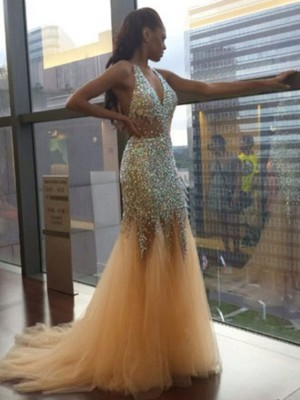 Trumpet/Mermaid Halter Tulle Sleeveless Court Train Dresses