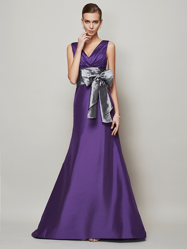 A-Line/Princess V-neck Taffeta Sleeveless Floor-Length Dresses