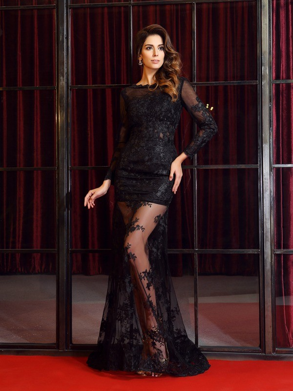 Trumpet/Mermaid Bateau Lace Long Sleeves Sweep/Brush Train Dresses