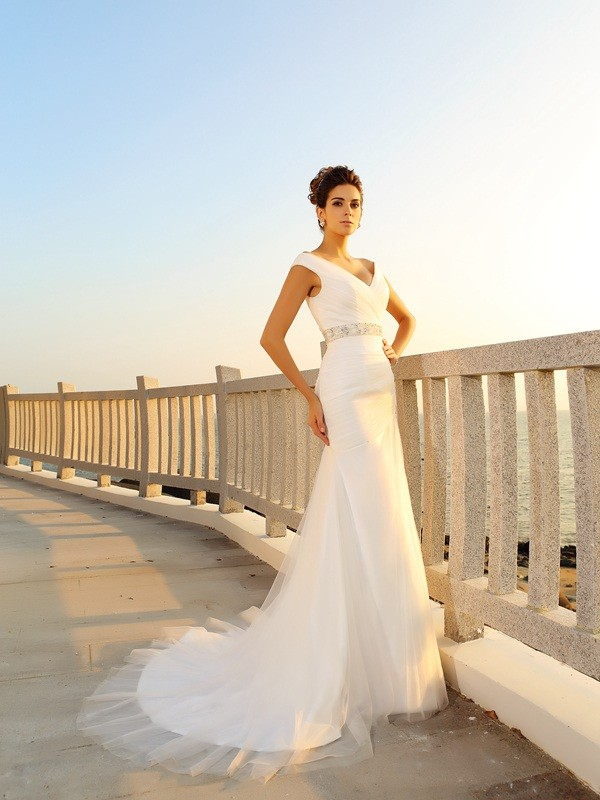 Sheath/Column V-neck Net Sleeveless Court Train Wedding Dresses