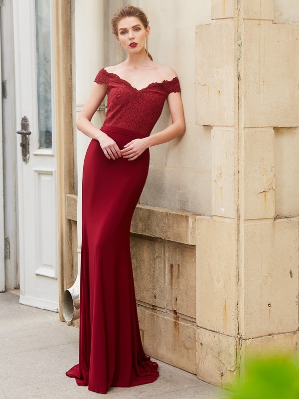Trumpet/Mermaid Off-the-Shoulder Spandex Sleeveless Sweep/Brush Train Prom Dresses