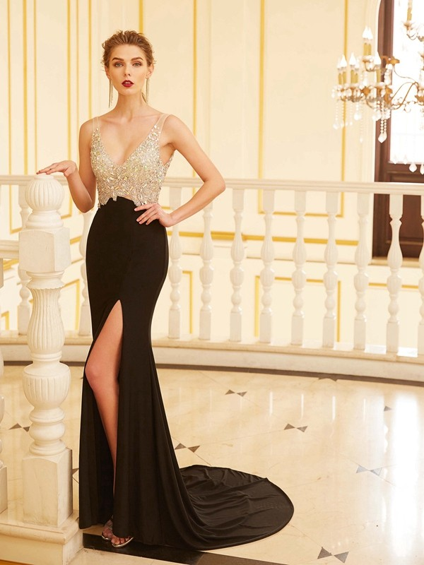 Sheath/Column V-neck Spandex Sleeveless Sweep/Brush Train Prom Dresses