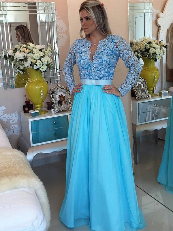 A-Line/Princess V-neck Tulle Long Sleeves Floor-Length Dresses