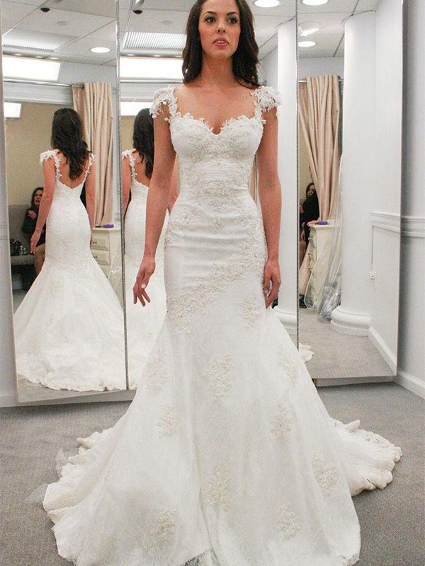 Trumpet/Mermaid Sweetheart Lace Short Sleeves Chapel Train Wedding Dresses