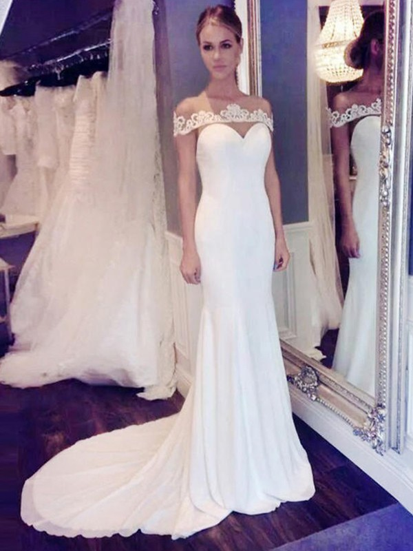 Trumpet/Mermaid Scoop Chiffon Sleeveless Court Train Wedding Dresses
