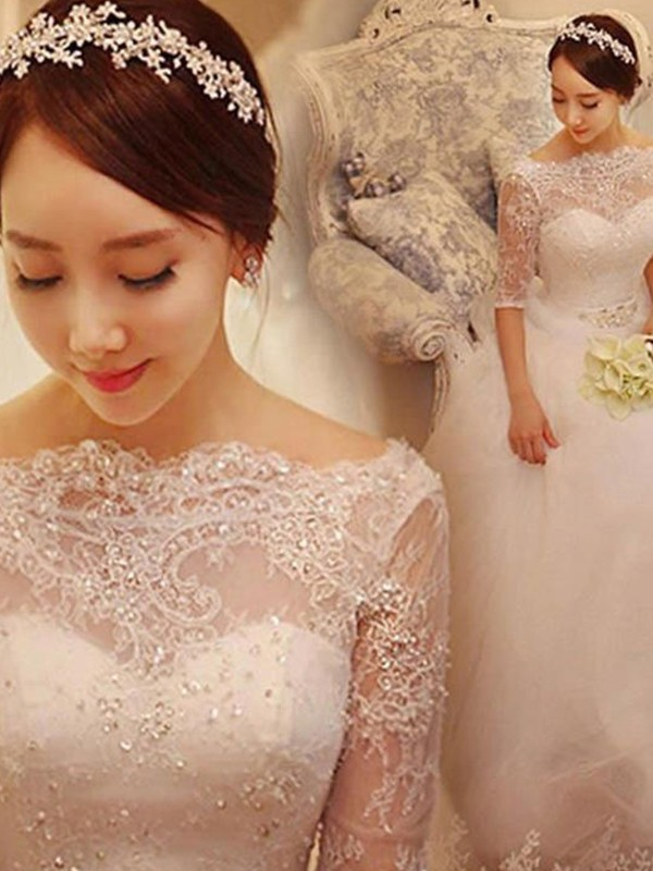 Trumpet/Mermaid V-neck Tulle 3/4 Sleeves Court Train Wedding Dresses