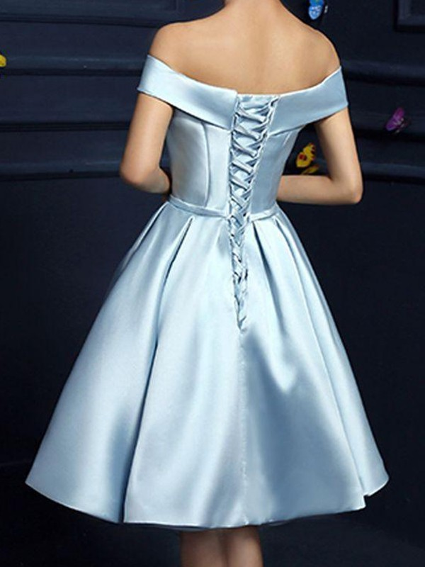A-Line/Princess Off-the-Shoulder Satin Sleeveless Knee-Length Dresses