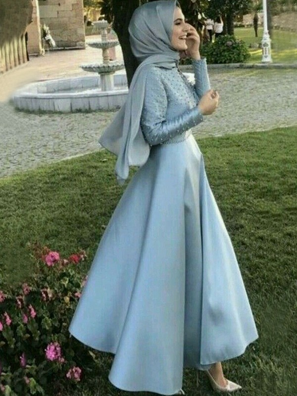 A-Line/Princess Scoop Satin Long Sleeves Floor-Length Dresses