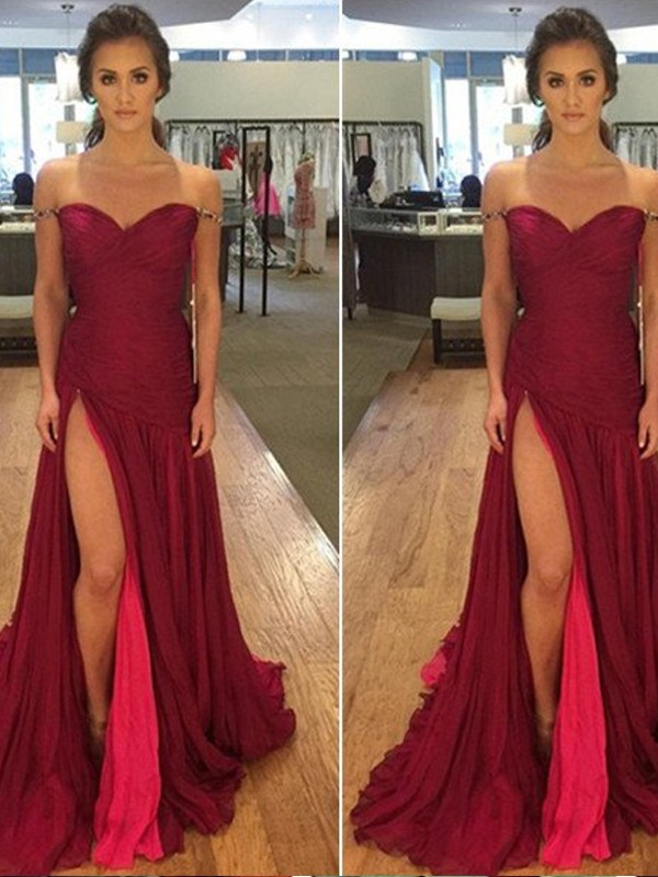 A-Line/Princess Off-the-Shoulder Chiffon Sleeveless Sweep/Brush Train Dresses