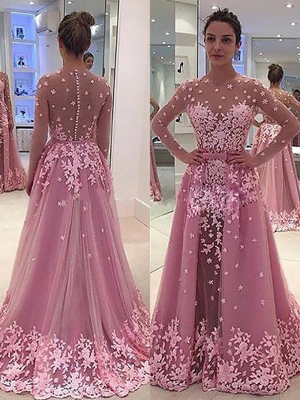 A-Line/Princess Scoop Tulle Long Sleeves Floor-Length Dresses